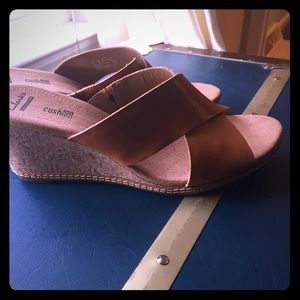 Leather and cork wedge